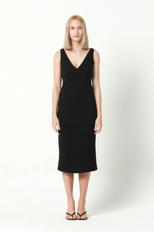[PRE-ORDER] RIBBED DRESS