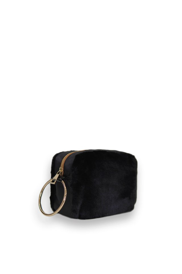 FURRY RING POUCH