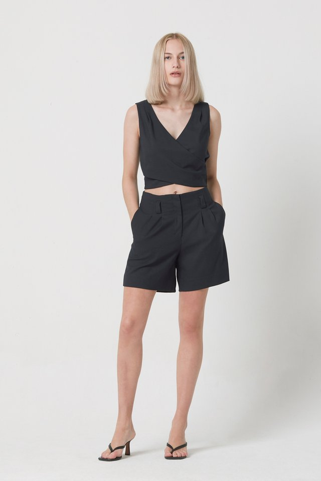 [PERFECT PAIRING] WRAP TOP & SHORTS SET